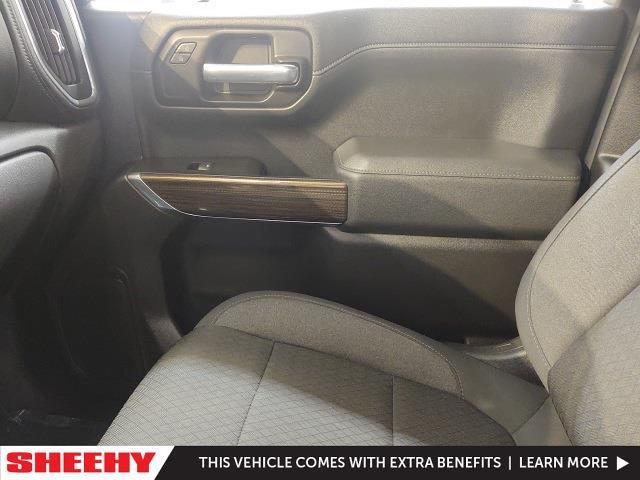 2020 Chevrolet Silverado 1500 Crew Cab 4x4, Pickup #YXWR1579 - photo 19