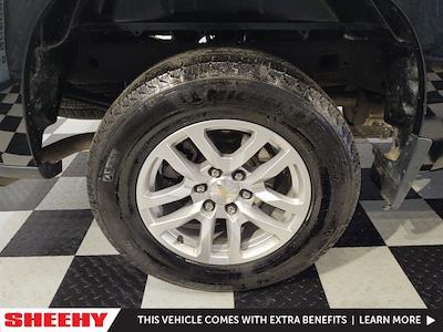 2020 Chevrolet Silverado 1500 Crew Cab 4x4, Pickup #YXWR1579 - photo 5