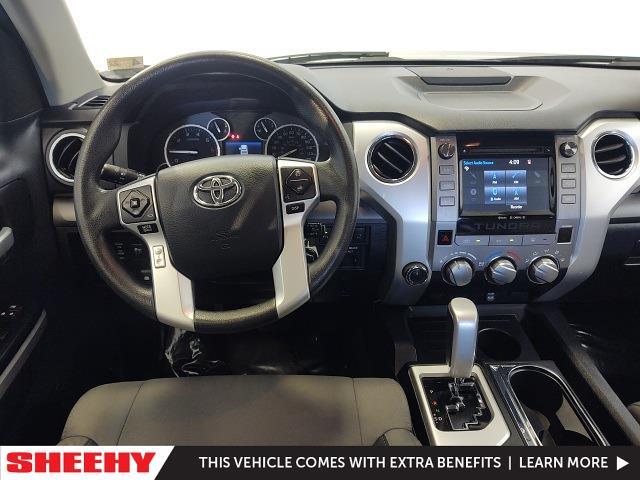 2016 Toyota Tundra Crew Cab 4x4, Pickup #YZ3860 - photo 10