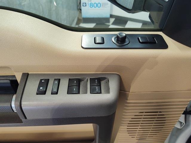 2014 Ford F-350 Crew Cab 4x4, Pickup #YZ3994 - photo 11