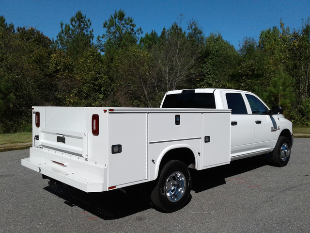 2018 Ram 3500 Crew Cab DRW 4x4,  Knapheide Service Body #10549 - photo 7