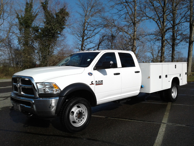2018 Ram 5500 Crew Cab DRW 4x4,  Knapheide Service Body #10621 - photo 1