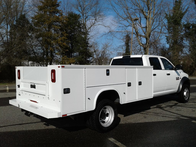 2018 Ram 5500 Crew Cab DRW 4x4,  Knapheide Service Body #10621 - photo 7
