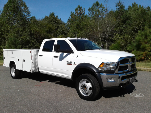 2018 Ram 4500 Crew Cab DRW 4x2,  Reading Service Body #N9723 - photo 5