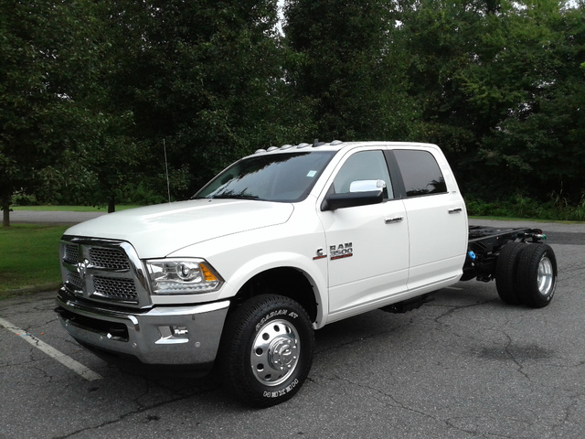 2018 Ram 3500 Crew Cab DRW 4x4,  Cab Chassis #N9779 - photo 1
