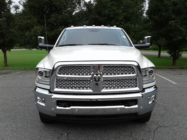 2018 Ram 3500 Crew Cab DRW 4x4,  Cab Chassis #N9779 - photo 4