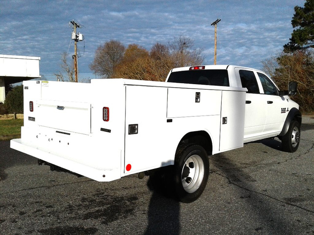 2018 Ram 4500 Crew Cab DRW 4x2,  Reading Service Body #N9901 - photo 7