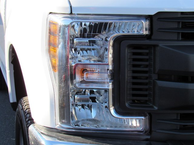 2019 F-250 Regular Cab 4x4,  Western Snowplow Pickup #MF9033 - photo 7