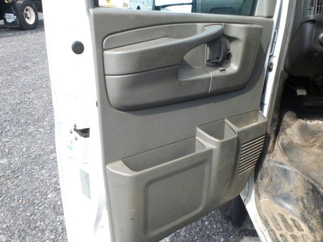 2014 Savana 4500 4x2,  Service Utility Van #MF9240A - photo 10