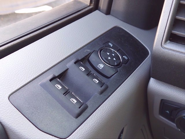 2020 Ford F-350 Super Cab 4x4, Reading Panel Service Body #MFU0317 - photo 15