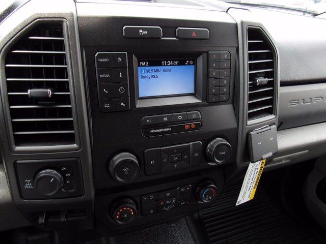 2020 Ford F-350 Crew Cab 4x4, Reading Panel Service Body #MFU0331 - photo 10