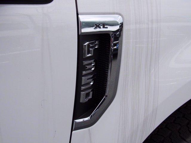 2020 Ford F-350 Crew Cab 4x4, Reading Panel Service Body #MFU0331 - photo 20