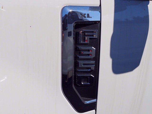2020 Ford F-350 Crew Cab DRW 4x4, Reading Panel Service Body #MFU0514 - photo 19