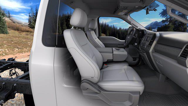 2020 Ford F-450 Regular Cab DRW RWD, Reading Panel Service Body #MFU0526 - photo 7