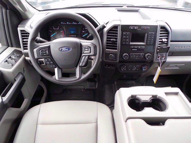 2020 Ford F-450 Crew Cab DRW 4x4, Landscape Dump #MFU0967 - photo 13