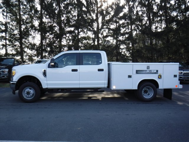 2019 F-350 Crew Cab DRW 4x4, Reading Aluminum CSV Service Utility Van #MFU91008 - photo 6