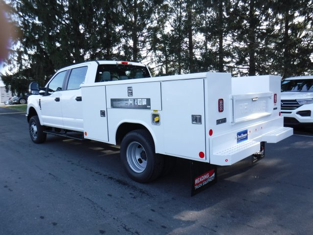 2019 F-350 Crew Cab DRW 4x4, Reading Aluminum CSV Service Utility Van #MFU91008 - photo 7