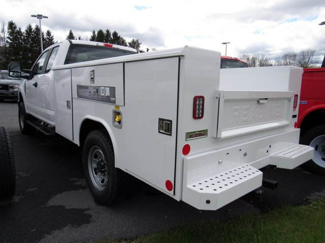2019 Ford F-350 Super Cab 4x4, Reading Classic II Steel Service Body #MFU91051 - photo 5