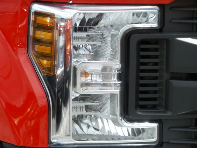 2019 F-350 Super Cab 4x4,  Reading Classic II Aluminum  Service Body #MFU9554 - photo 27
