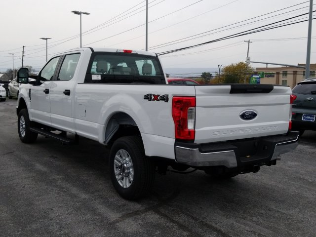 2019 F-250 Crew Cab 4x4, Pickup #MFU9562 - photo 9