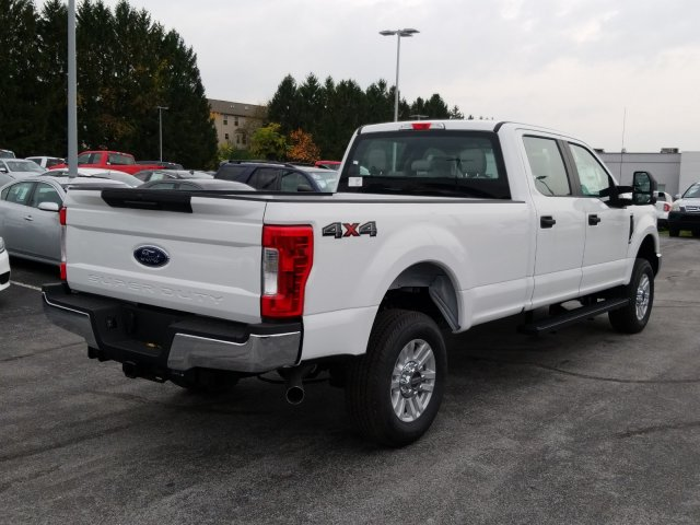 2019 F-250 Crew Cab 4x4, Pickup #MFU9562 - photo 2