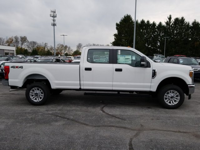 2019 F-250 Crew Cab 4x4, Pickup #MFU9562 - photo 6