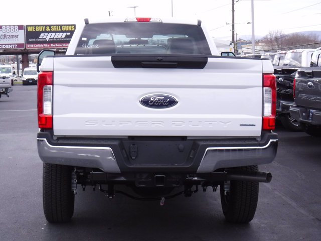 2019 F-250 Regular Cab 4x4, Western Snowplow Pickup #MFU9799 - photo 5
