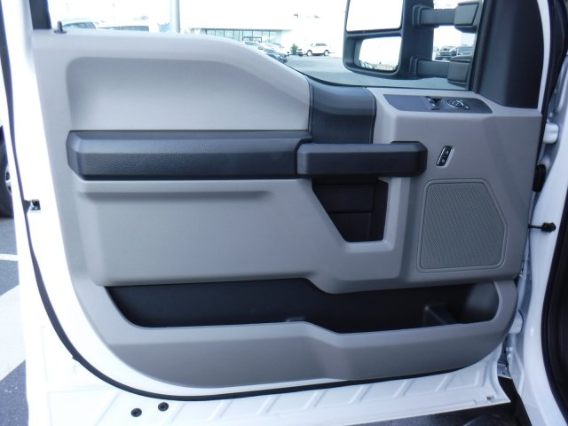 2019 F-550 Regular Cab DRW 4x4,  Rugby Eliminator LP Steel Dump Body #MFU9824 - photo 11