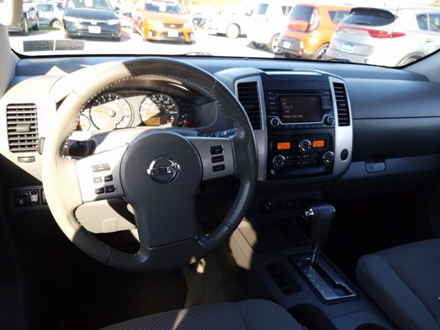 2016 Nissan Frontier Crew Cab 4x4, Pickup #MK0153P - photo 18
