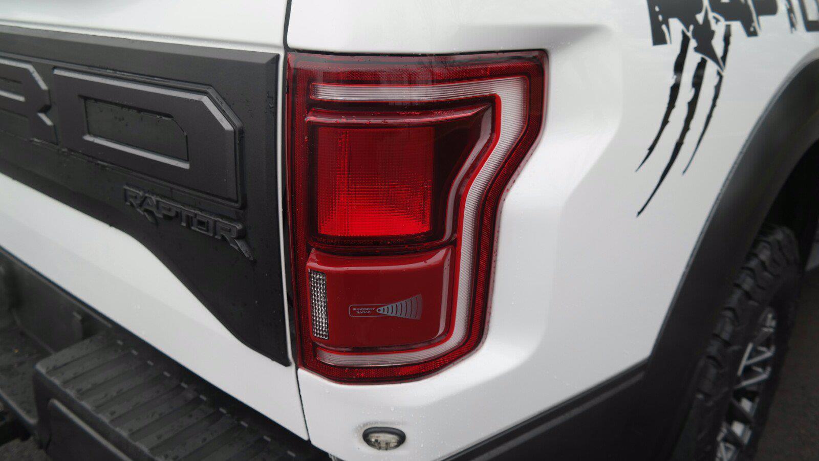 2019 Ford F-150 SuperCrew Cab 4x4, Pickup #FL010231 - photo 11