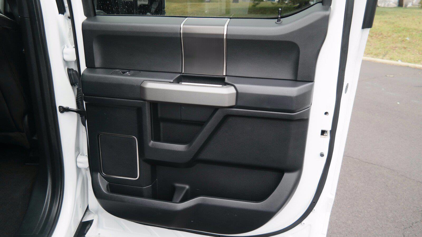 2019 Ford F-150 SuperCrew Cab 4x4, Pickup #FL010231 - photo 30