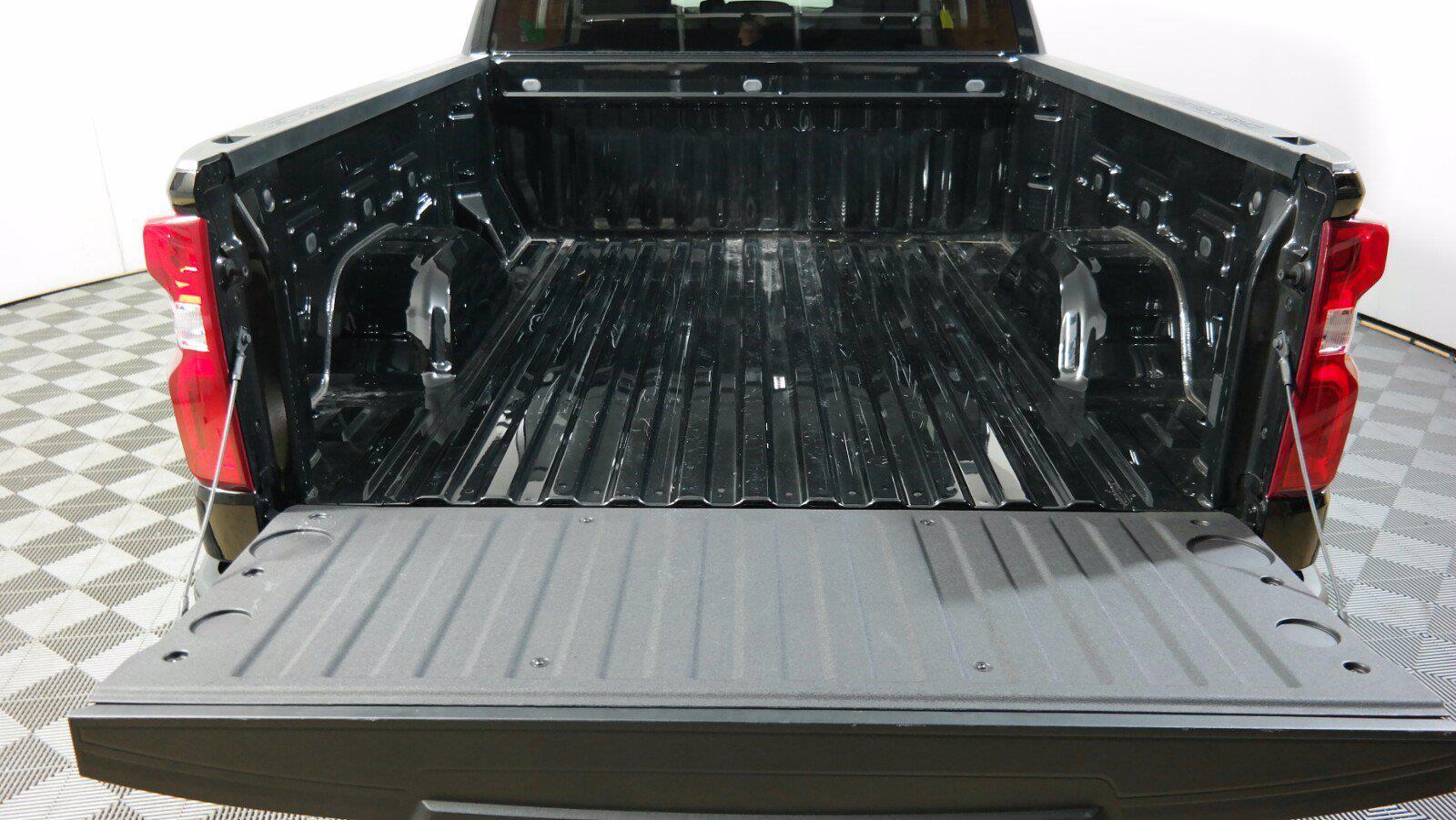 2020 Chevrolet Silverado 1500 Double Cab 4x4, Pickup #FL011751 - photo 30