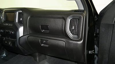 2020 Chevrolet Silverado 1500 Double Cab 4x4, Pickup #FL011751 - photo 21