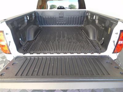 2017 Chevrolet Silverado 1500 Crew Cab 4x4, Pickup #KL0148S - photo 2