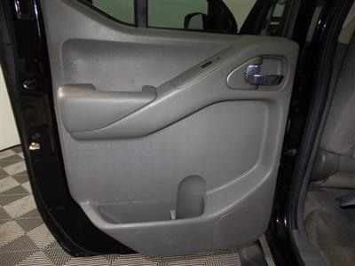 2012 Nissan Frontier Crew Cab 4x4, Pickup #FL0244P1 - photo 2