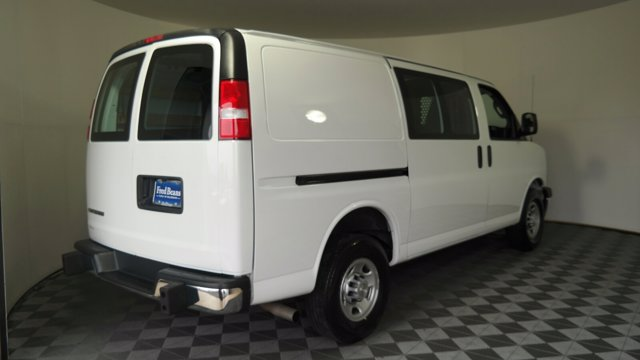 2019 Chevrolet Express 2500 RWD, Empty Cargo Van #FL0288J - photo 8