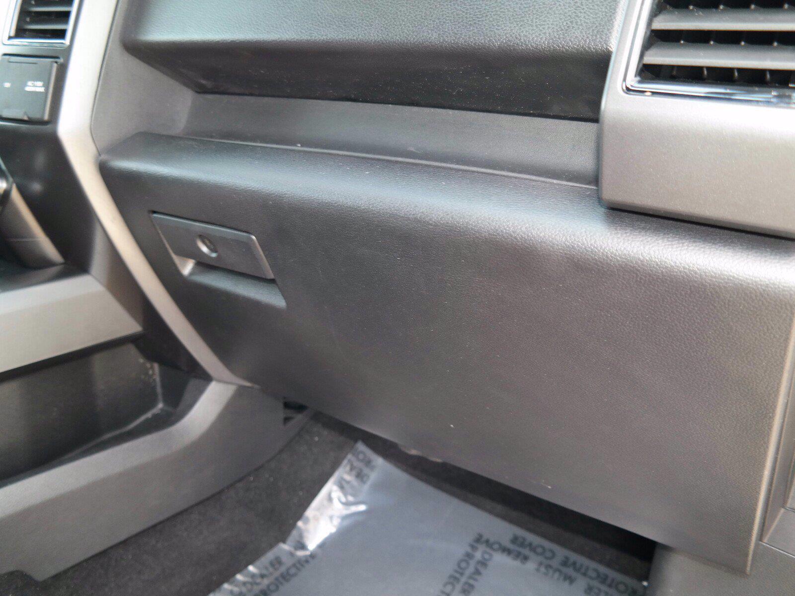 2018 Ford F-150 SuperCrew Cab 4x4, Pickup #FL100891 - photo 25