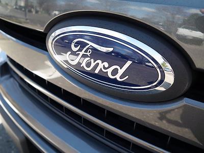 2018 Ford F-150 SuperCrew Cab 4x4, Pickup #FL100891 - photo 32