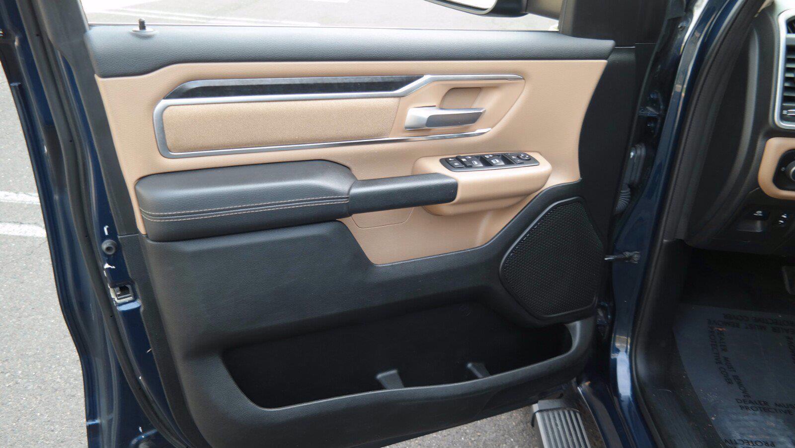 2019 Ram 1500 Quad Cab 4x4, Pickup #FL101401 - photo 9