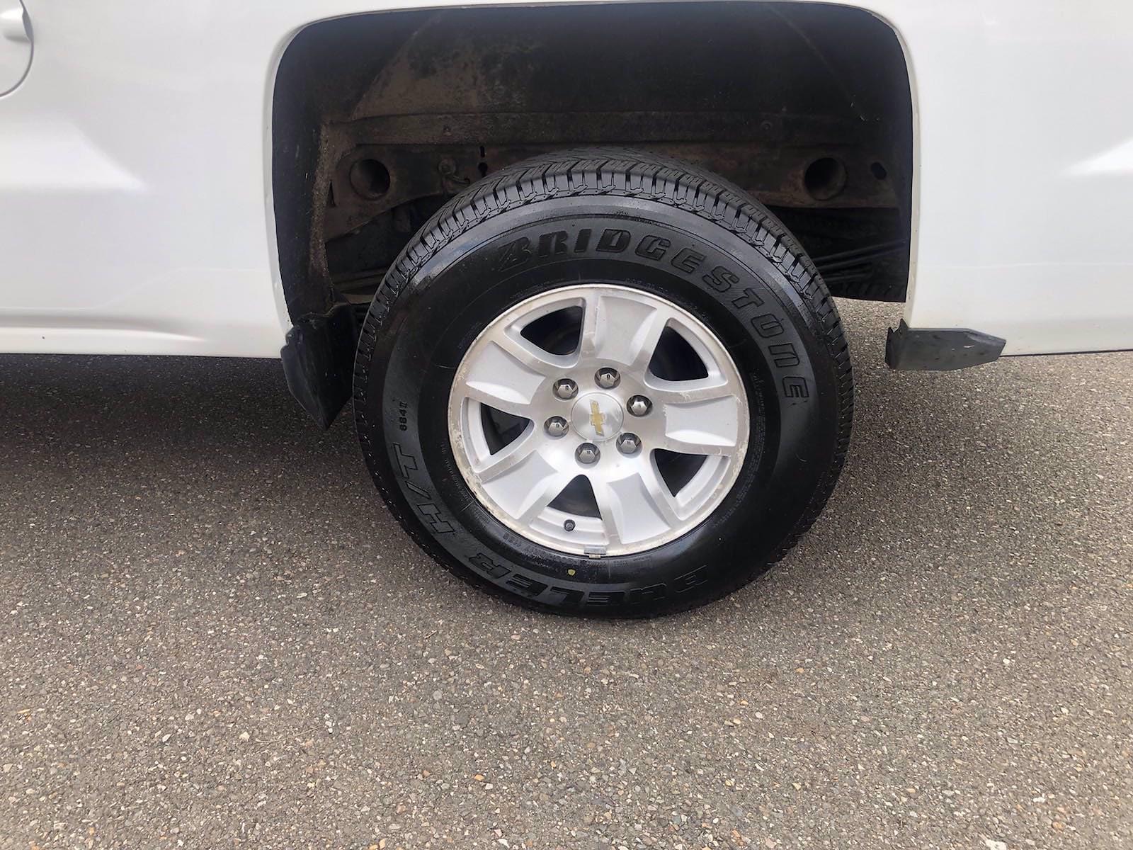 2015 Chevrolet Silverado 1500 Double Cab 4x4, Pickup #FL101461 - photo 29