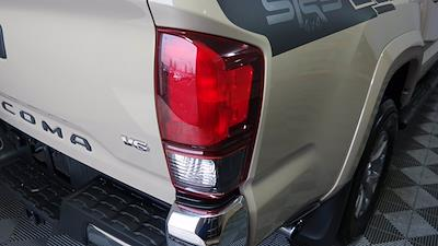 2018 Toyota Tacoma Double Cab 4x4, Pickup #FL1017D1 - photo 9