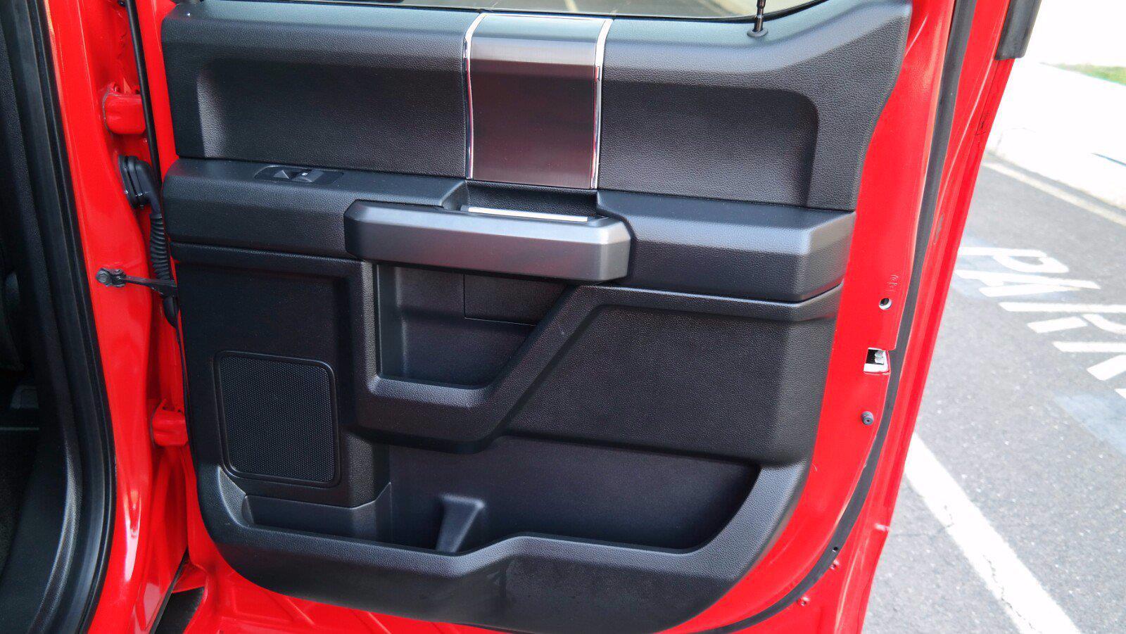 2018 Ford F-150 SuperCrew Cab 4x4, Pickup #FL102261 - photo 32