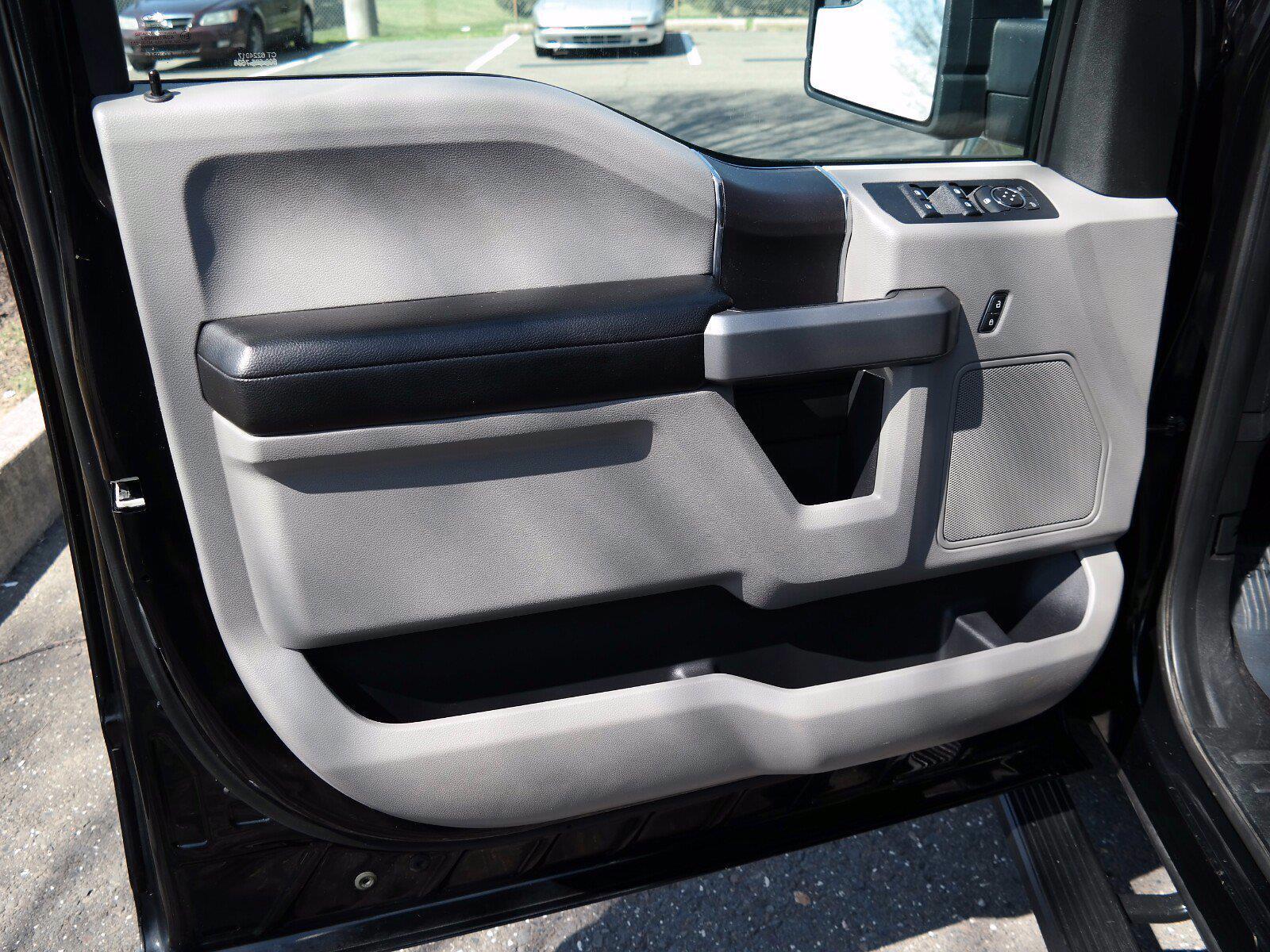 2018 Ford F-150 SuperCrew Cab 4x4, Pickup #FL1033D1 - photo 12