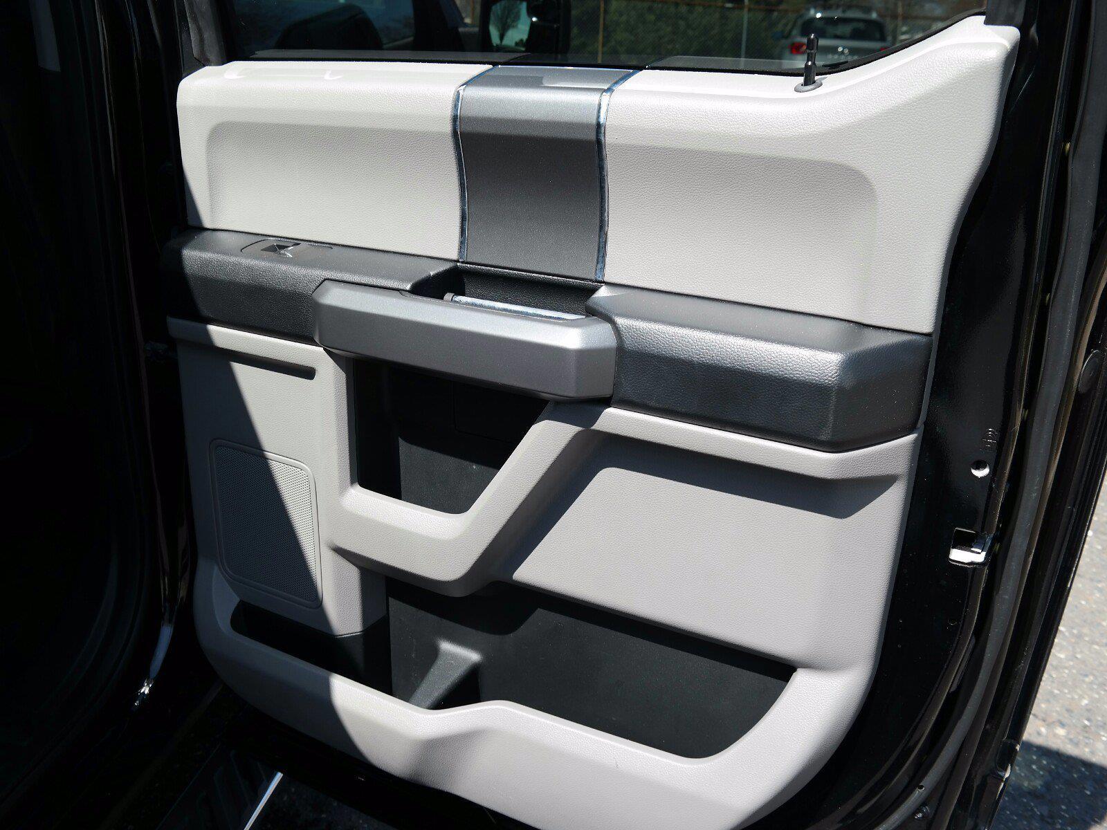 2018 Ford F-150 SuperCrew Cab 4x4, Pickup #FL1040D - photo 32