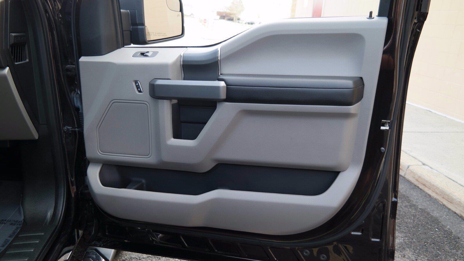 2018 Ford F-150 SuperCrew Cab 4x4, Pickup #FL1123D - photo 29