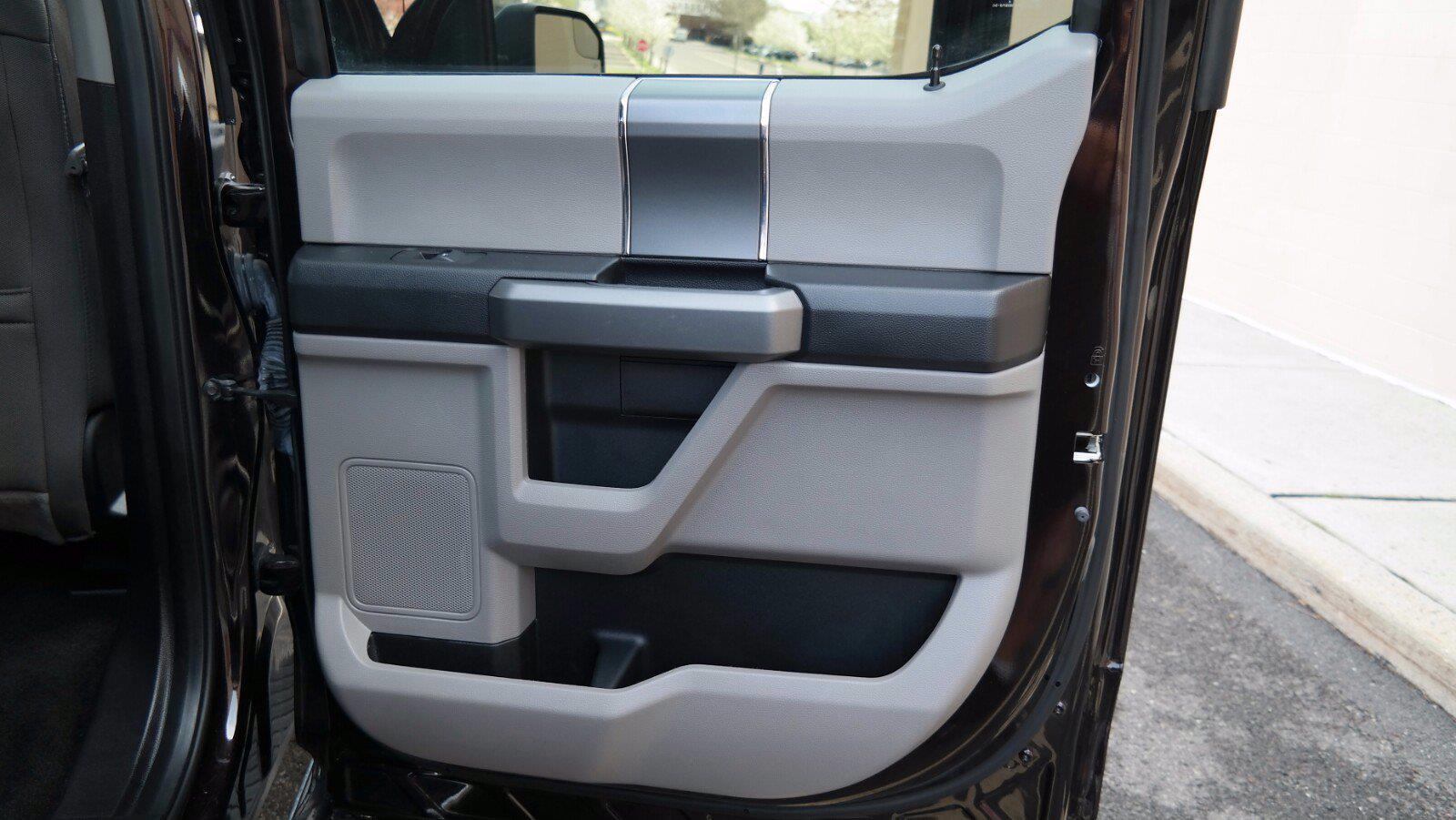 2018 Ford F-150 SuperCrew Cab 4x4, Pickup #FL1123D - photo 33