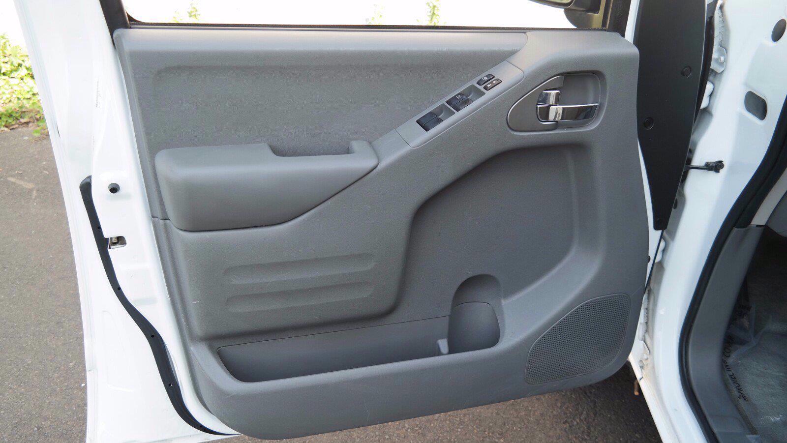 2016 Nissan Frontier Crew Cab 4x4, Pickup #FL1123D1 - photo 22