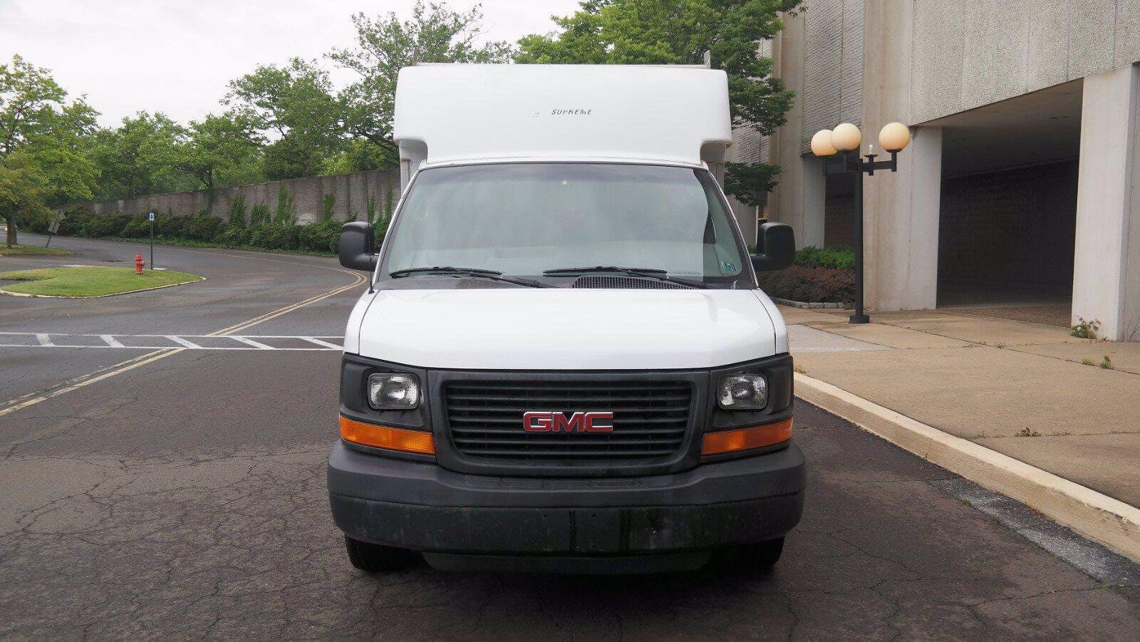 2007 GMC Savana 3500 4x2, Service Utility Van #FL114601 - photo 3