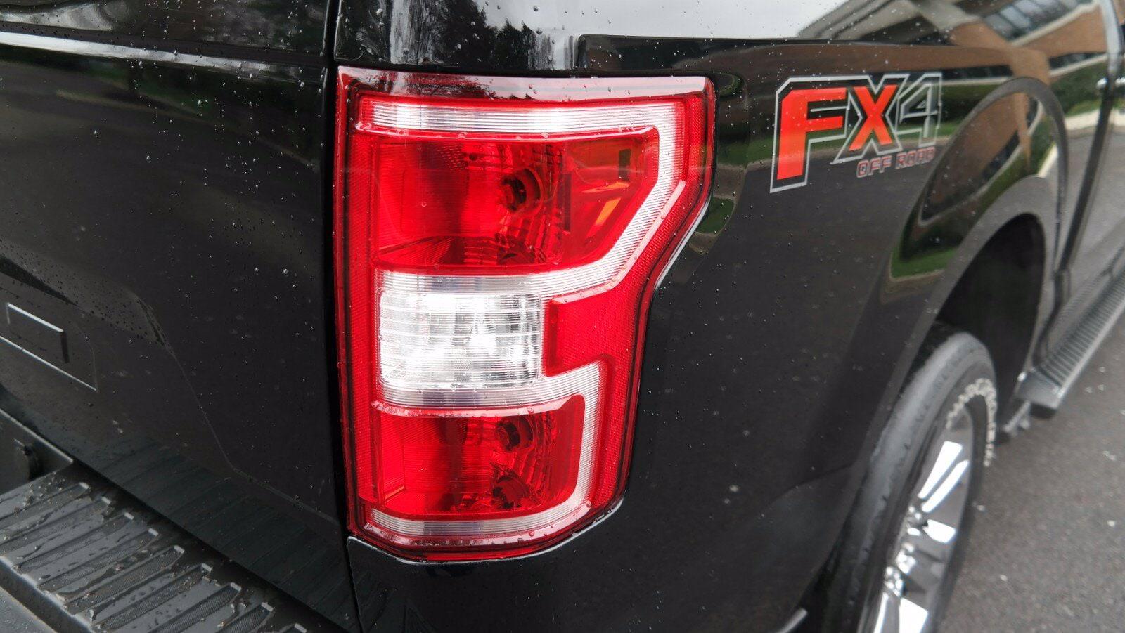 2018 Ford F-150 SuperCrew Cab 4x4, Pickup #FL1152D - photo 3