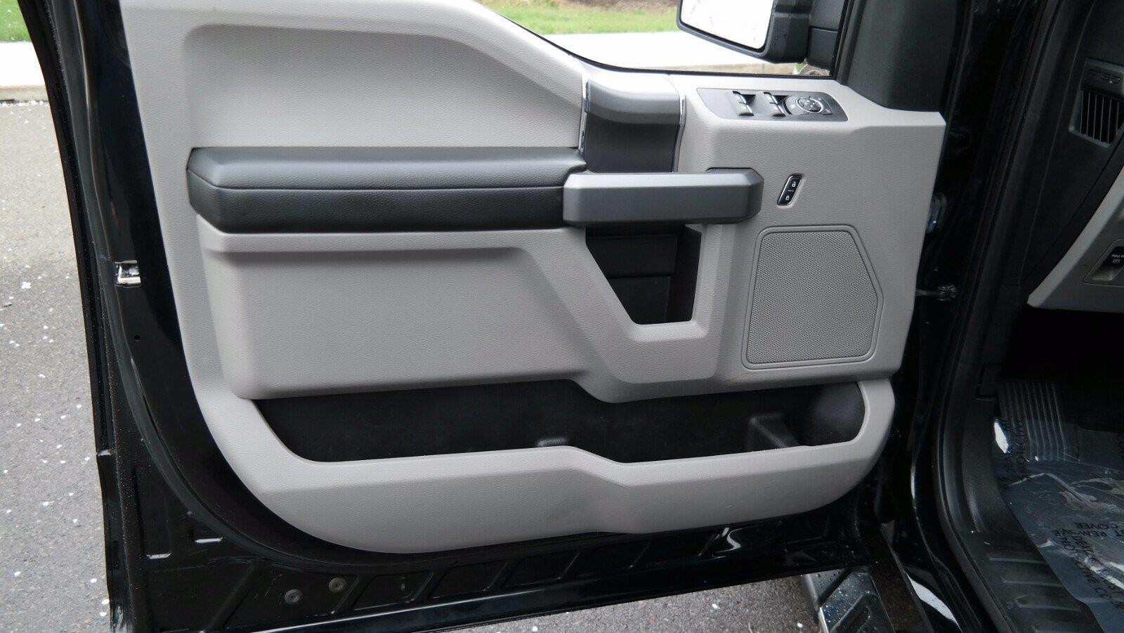 2018 Ford F-150 SuperCrew Cab 4x4, Pickup #FL1152D - photo 15